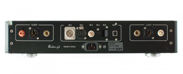 Audio-gd Master 7 DAC review - back