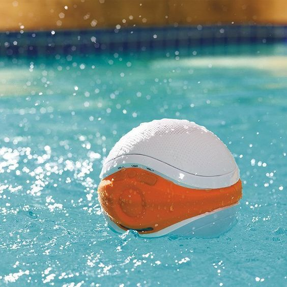 iSplash floating pool speaker