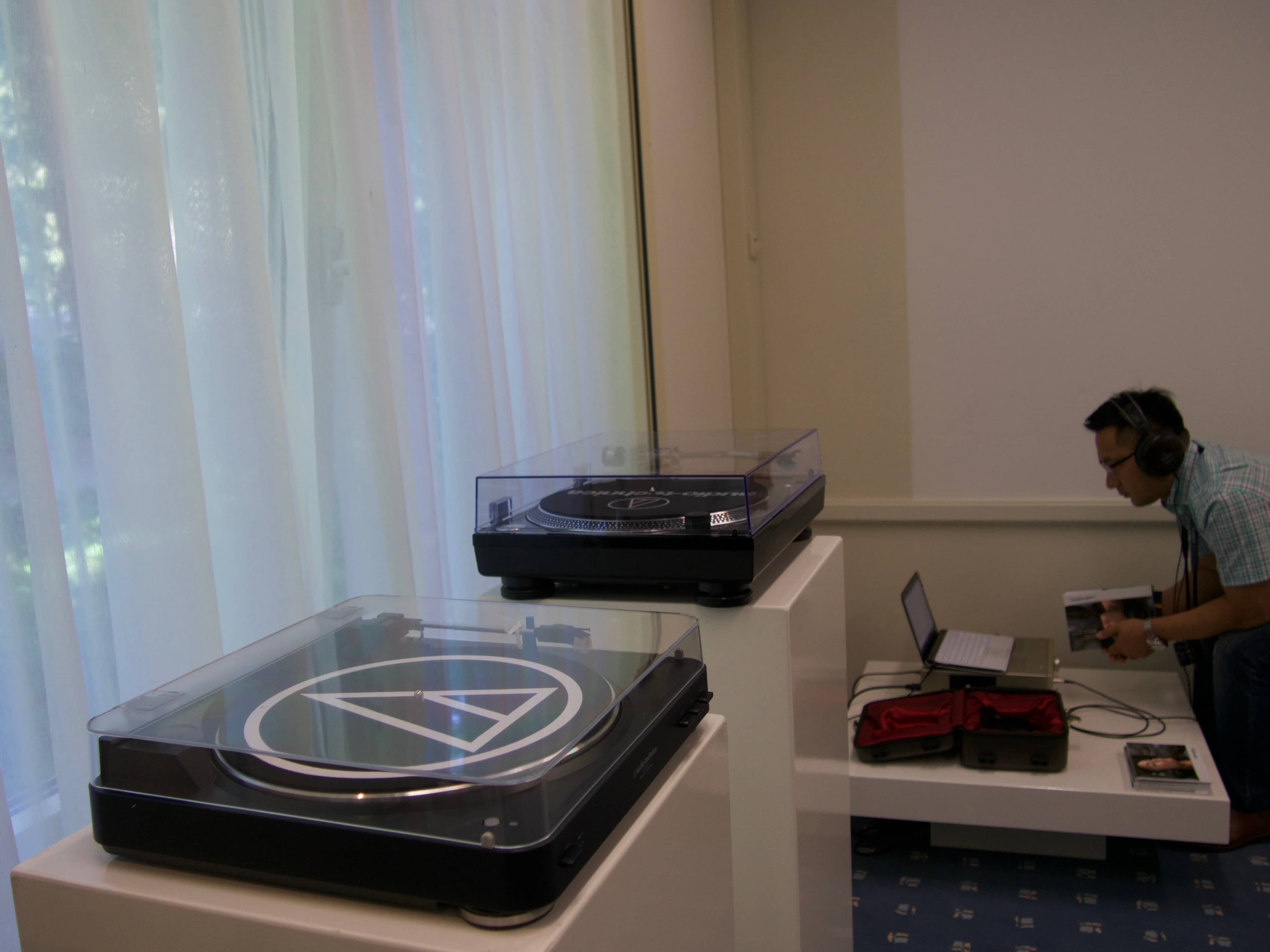 Iemke Roos BV - Audio Technica - X-FI High End audio show 2016